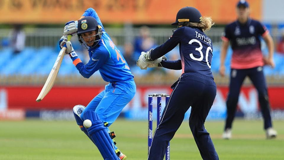 India women's cricket team opener Smriti Mandhana's free-flowing batting style drew comparisons with former Indian cricket team skipper Sourav Ganguly. But the left-handed batter admires Sri Lanka national cricket team great Kumar Sangakkara .