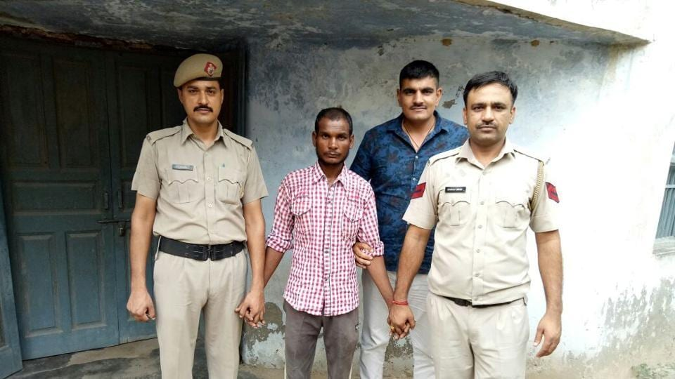 The police team was searching for the kidnapped child since the last two days spotted the accused,Manjeet, on Friday along with the girl near Shikohpur village.