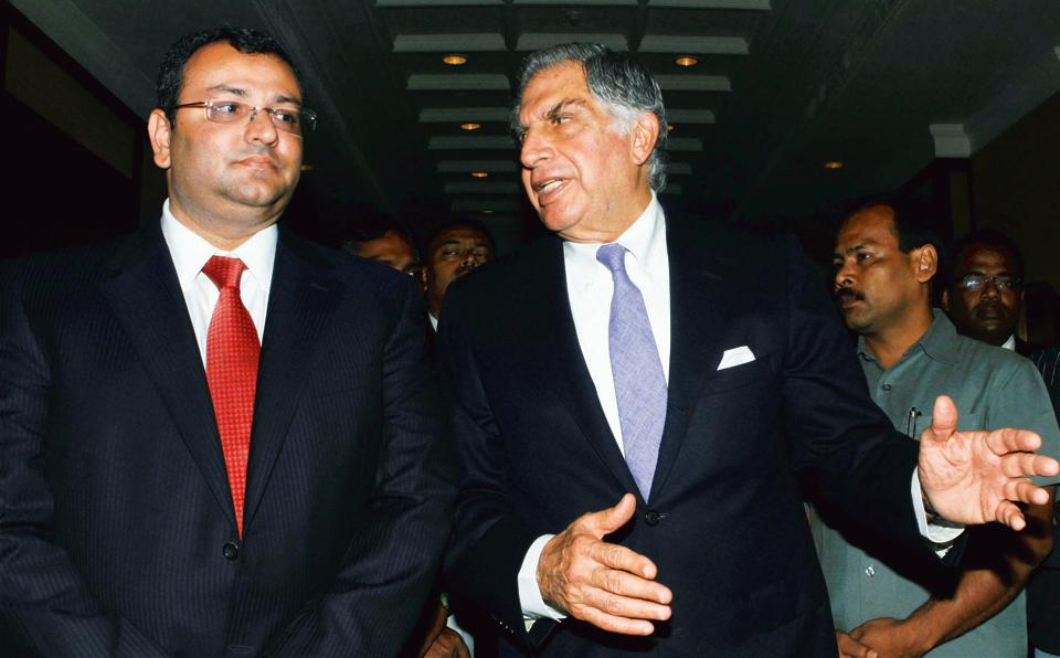 File photo of Ratan Tata with Cyrus Mistry. Sebi had in January ruled that Tata companies sharing information with the chairman emeritus did not amount to a violation of insider trading norms.
