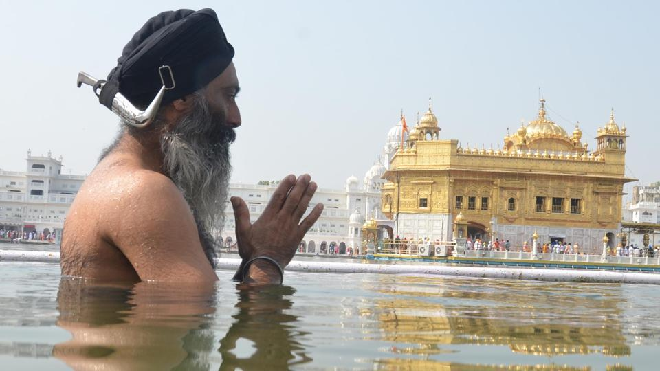 Just a few months ago an Italian court ruled that Sikhs were not legally allowed to wear kirpans (the ceremonial Sikh dagger), even for religious reasons.
