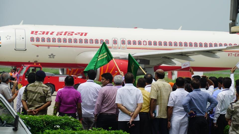 With 101 passengers on-board, first direct flight between Varanasi and Colombo took off from Lal Bahadur Shastri International Airport, Varanasi.