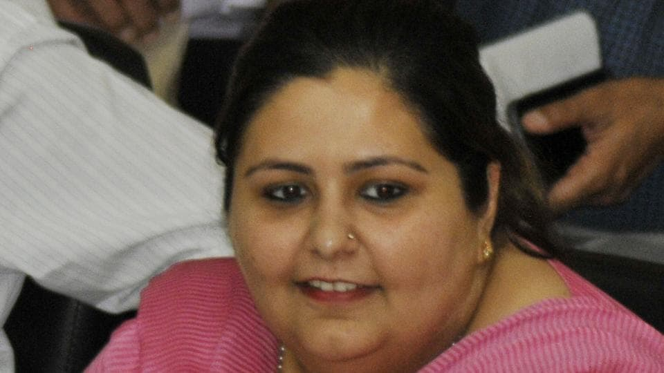 SDM arrested,bribery,Chandigarh SDM