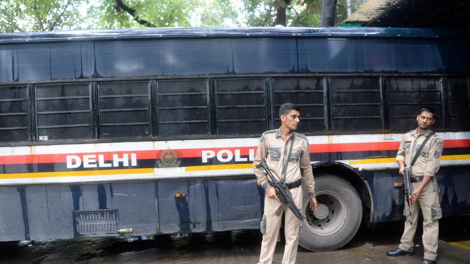 Delhi,green parrk,delhi brawl
