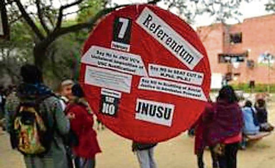 The JNUTA alleged this difference is mainly because the administration is arbitrarily making up rules and misinterpreting the UGCgazette notification of 2016. The UGCnotification had created unrest among the students and faculty, as it had allegedly led to an over 80% cut in research seats at the university.