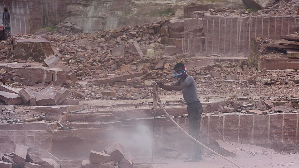 Dry drilling is rampant in Rajasthan. No protective dust masks are provided to workers.
