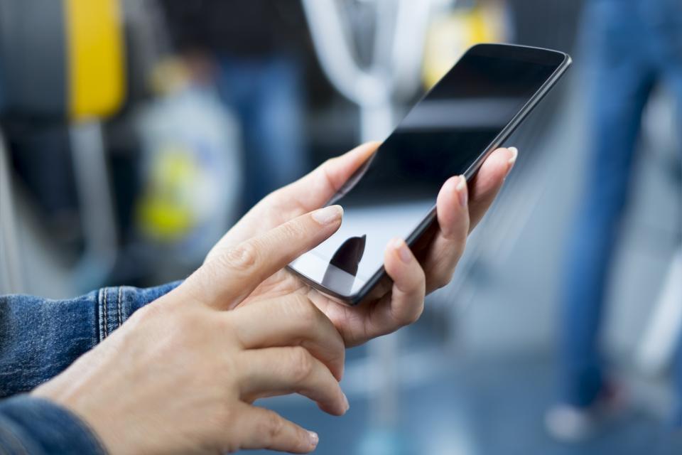 reliance jiophone,cyber media,jiophone feature phone