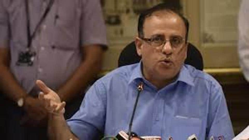 In his last monthly meeting, civic chief Ajoy Mehta had ordered that housing societies producing more than 100kg wet waste daily or having an area of more than 20,000 square metres will have to segregate waste and also install waste processing units in their compound..