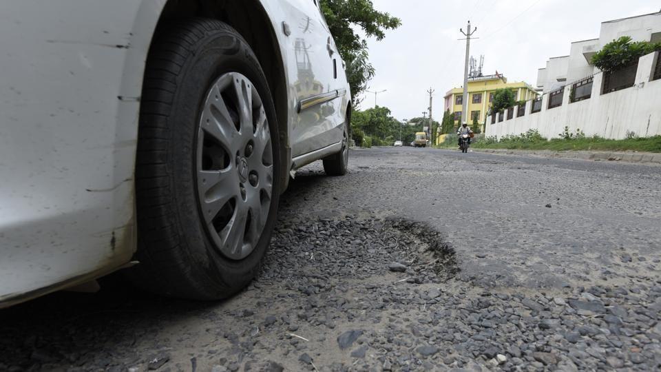 roads,broken roads,damaged roads