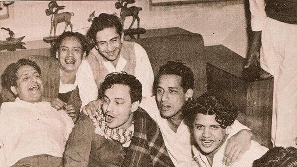Raj Kapoor with his friends in a picture that Rishi Kapoor shared on Sunday.