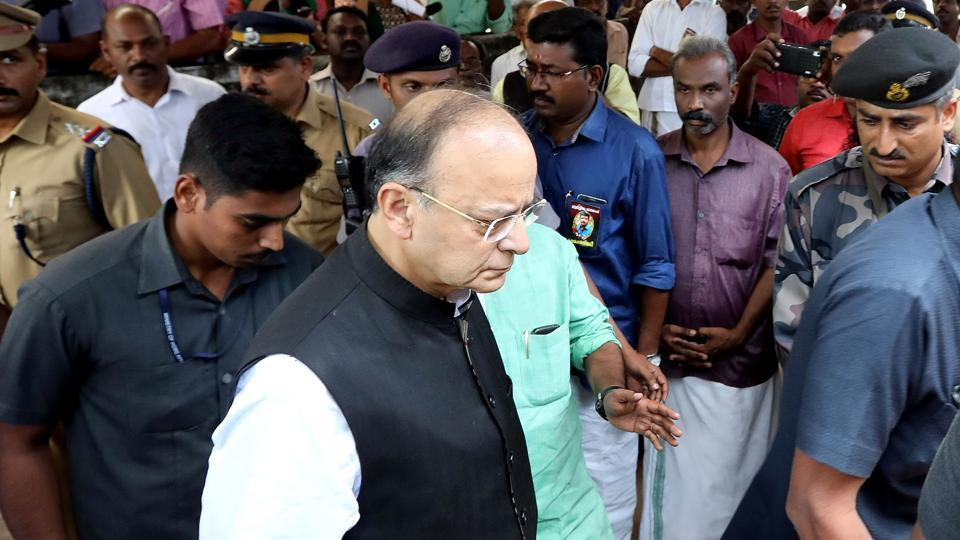Union minister Arun Jaitley at the house of murdered RSS worker Rajesh in Sreekaryam, Thiruvananthapuram.