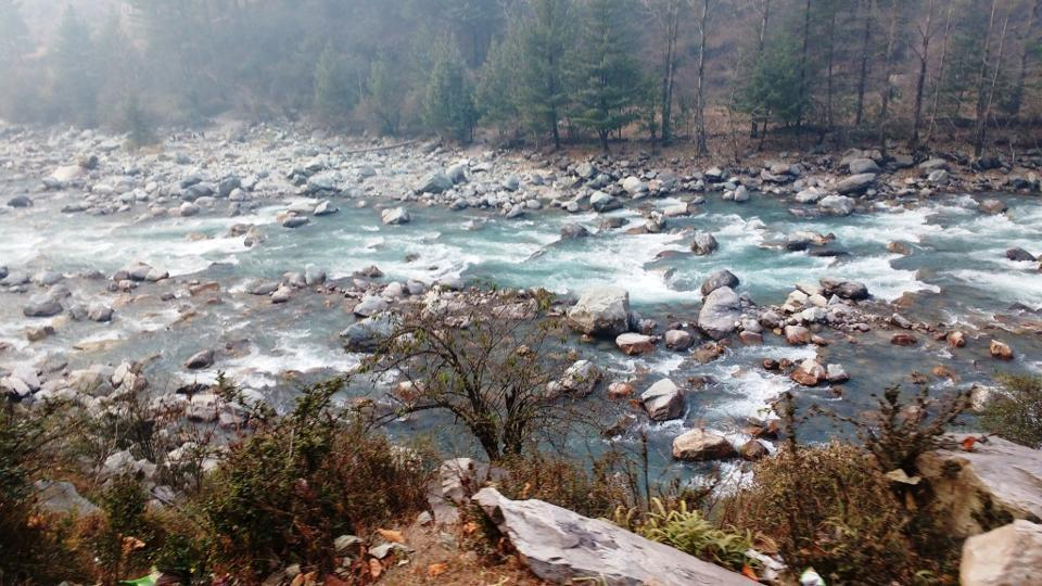 Beas River in Manali is one of the most beautiful water bodies in Himachal Pradesh.