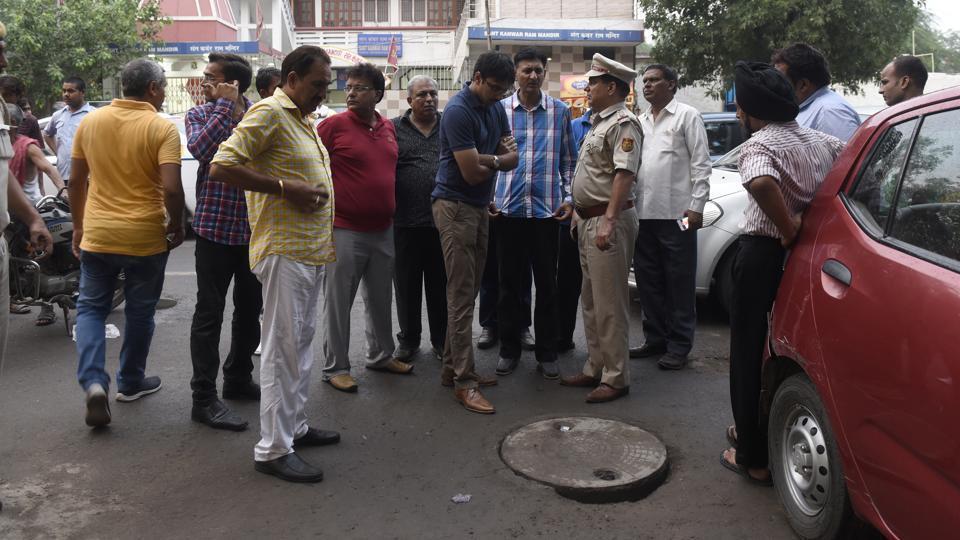 Delhi sewer,Asphyxiation,Lajpat Nagar