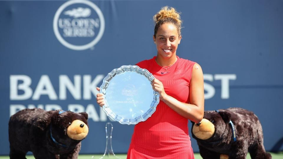 Madison Keys beat CoCo Vandeweghe 7-6(4), 6-4 to win the Stanford Classic title.