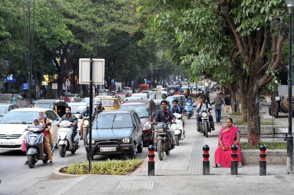 aundh,smart city,footpath