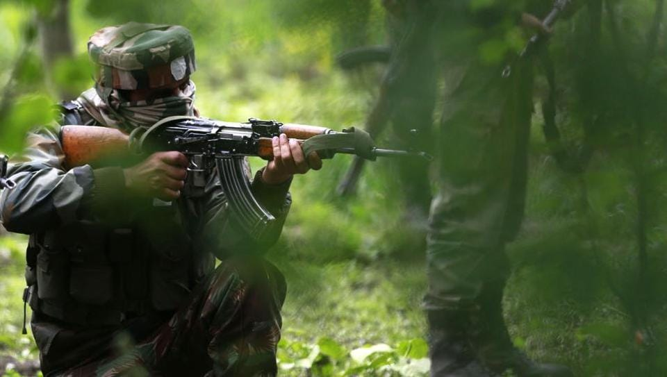 A Hizbul Mujahideen  module was busted by police, army and CRPF in Baramulla in Jammu and Kashmir. (HTfile photo)