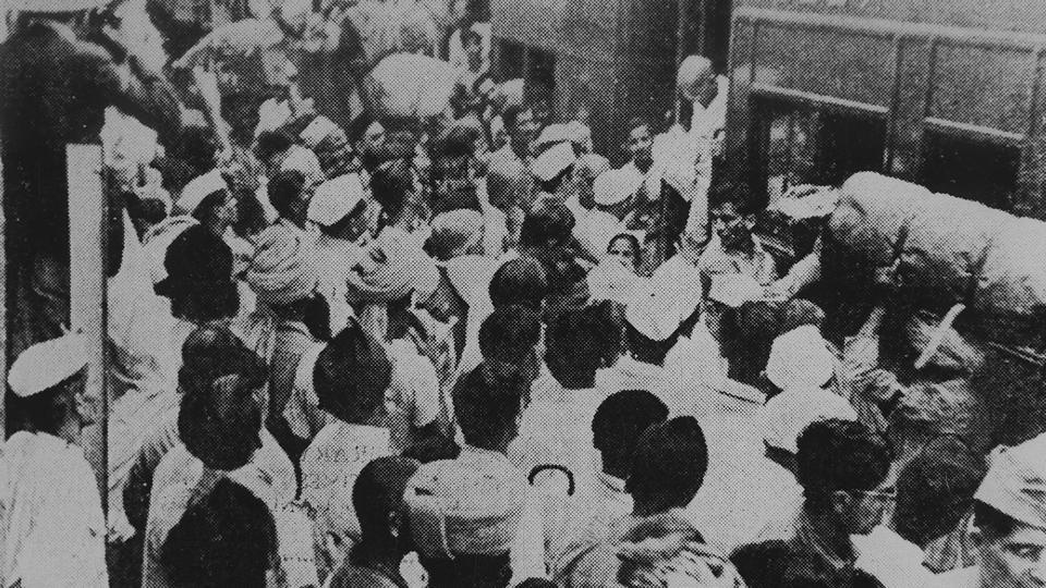 When Gandhi launched his non-violent satyagraha in opposition to the post World War II promises of the British government in the form of the 'August Offer' and the later revised Cripps Mission,  the call for an individual Satyagraha went out and was first observed by Vinoba Bhave and later Jawaharlal Nehru, rousing followers across the country to take part civil disobedience, and  individual Satyagraha.  (HT Photo)