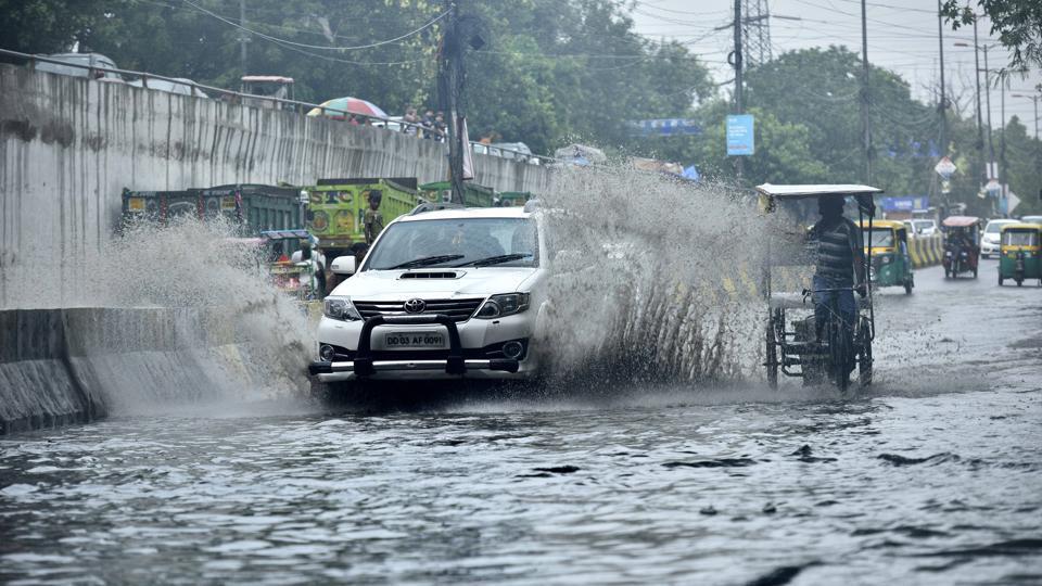 Delhi news,Delhi waterlogging,Delhi drains
