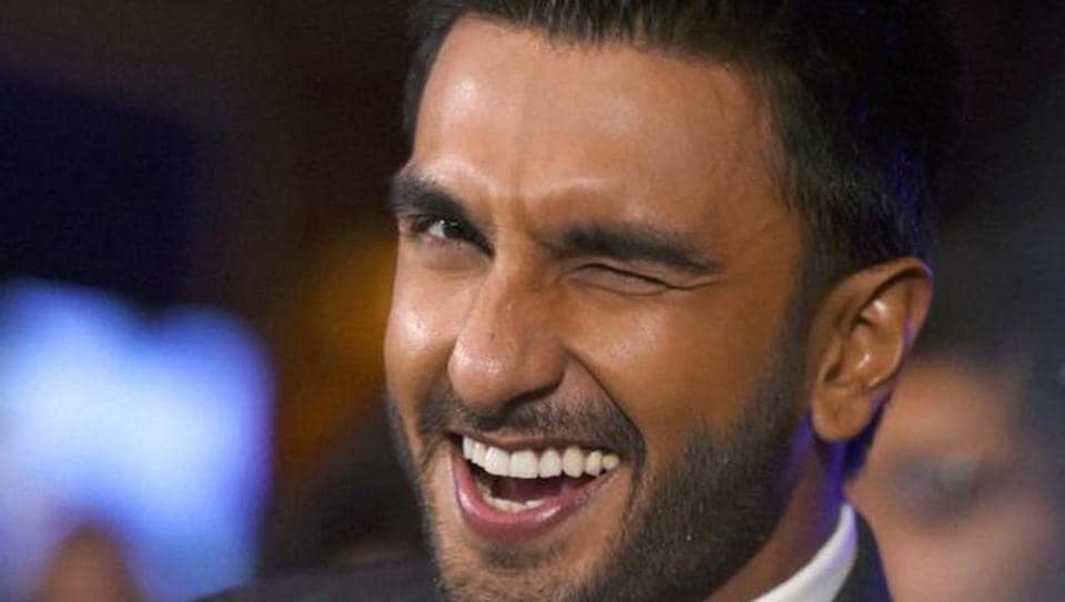 Ranveer Singh always promotes his friends' movies.