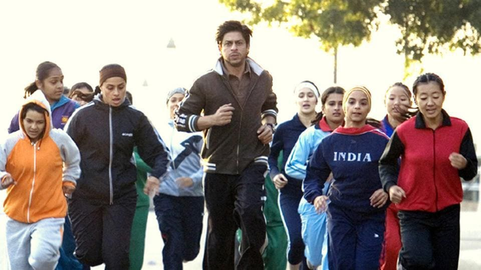 Chak De! India starred some professional hockey players as well as aspiring actors.
