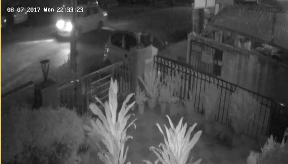 The police are facing a tough time recovering CCTV footage from the stretch where the incident took place on Monday night, even though there camera is right in front of the crime scene