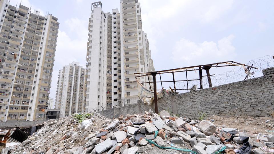 Noida,construction,debris