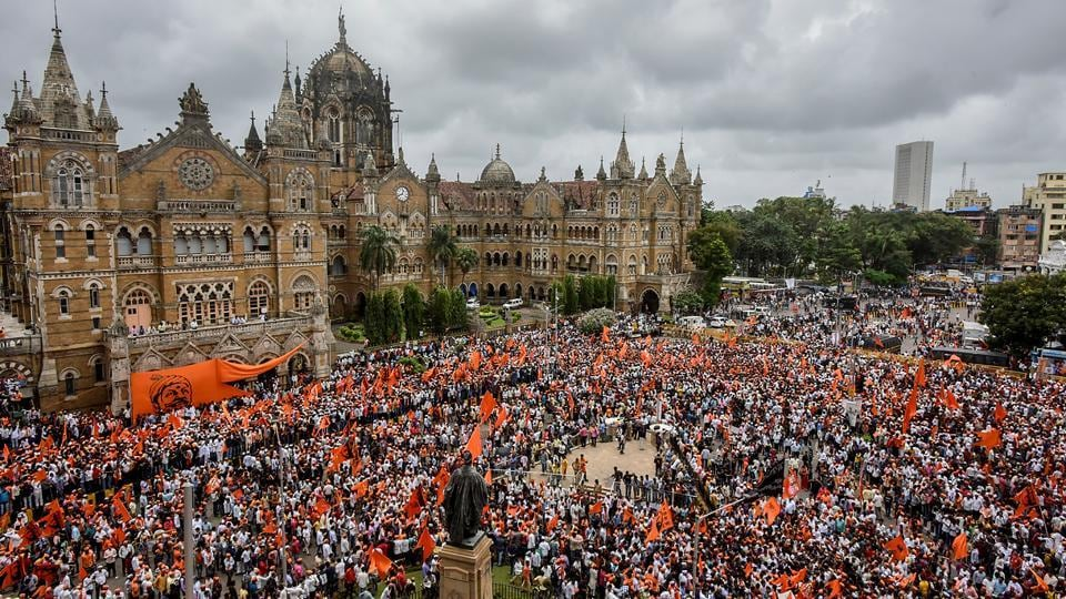 More than 6 lakh people took to the streets in a silent protest march by the Maratha community, which has been demanding reservation in government jobs and education, on Wednesday. (Kunal Patil/HT Photo)