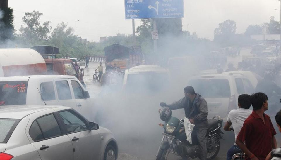 No renewal of insurance for vehicles without pollution certificate, says Supreme Court