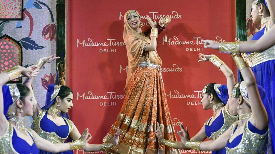Dancers perform during the unveiling of the Madhubala's wax figure, Anarkali of Hindi cinema by Madame Tussauds in New Delhi.
