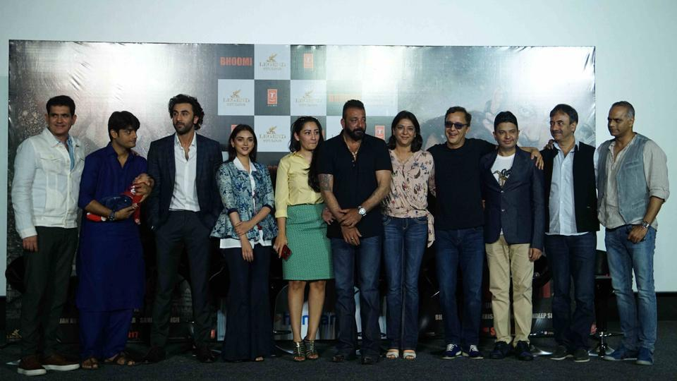 The cast and crew of Bhoomi at the film's trailer launch in Andheri, Mumbai. (Photo: Prodip Guha/HT)