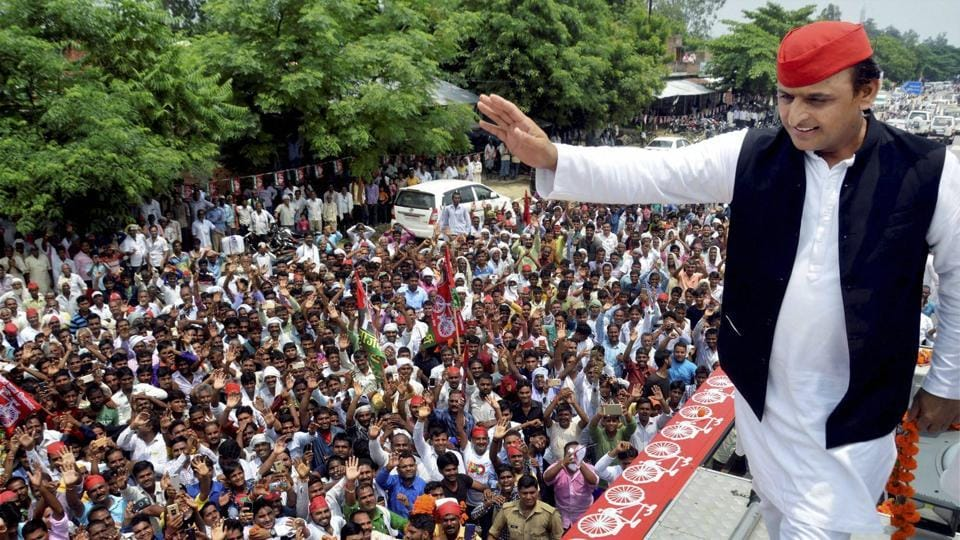 Samajwadi Party president Akhilesh Yadav waves at supporters during 'Desh Bachao, Desh Bannao' rally on the occasion of 'August Kranti Day' in Faizabad on Wednesday.