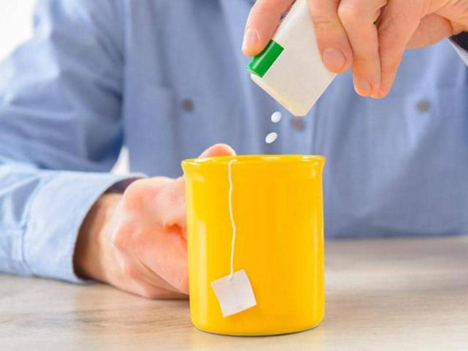 Artificial sweeteners' sweet taste fools the body's metabolism into believing that we are consuming more calories.