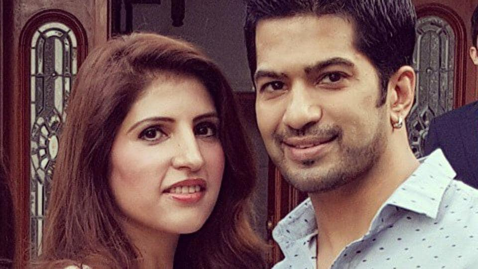 Amit Tandon and Ruby were married for 10 years. They are now separated.
