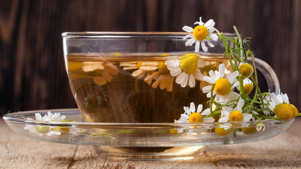 Drinking chamomile tea soothes the nervous system so that you can sleep better.