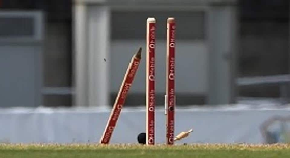 Cricket,Luke Robinson,England