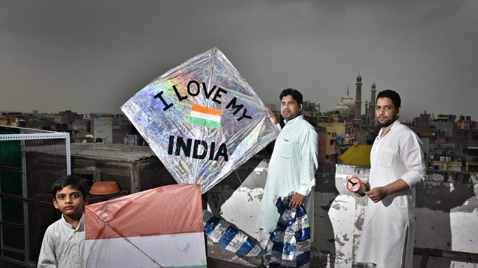 kite flying,delhi,old delhi