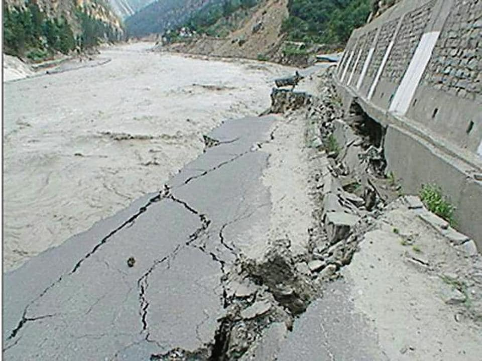 A damaged road due to the flood in the Sutlej in Kinnaur district in 2005