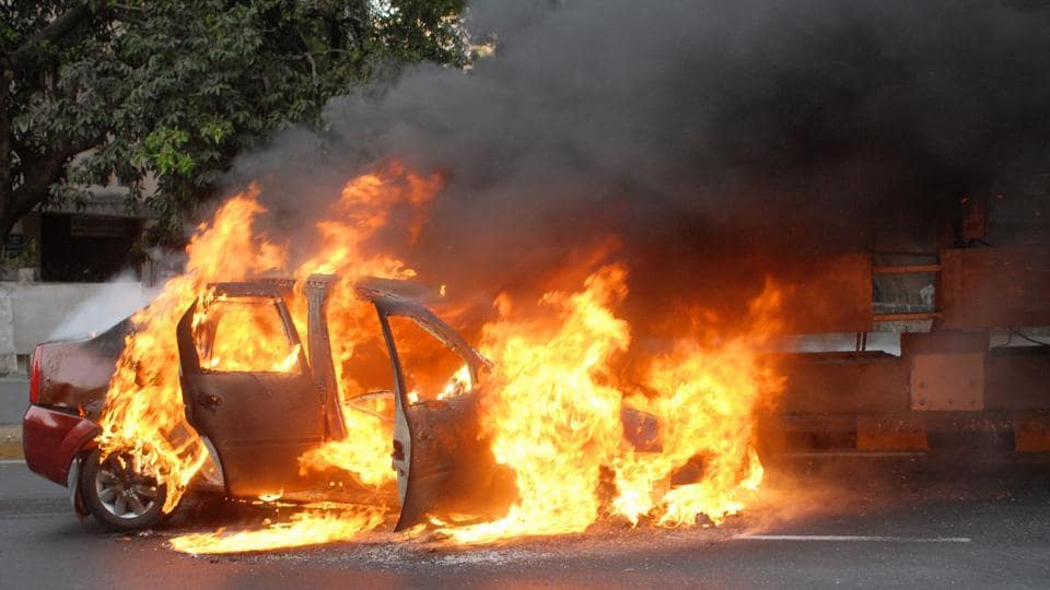 Dileep Kumar, a Bengaluru-based jeweller, along with his family was going to Kochi from the city when his car's engine suddenly caught fire.