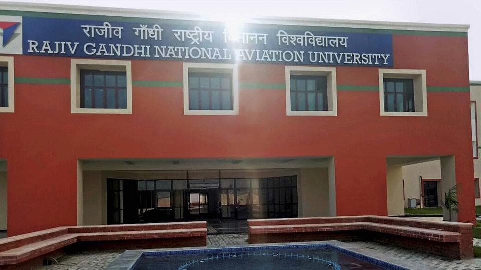 Aviation university,Pilots,Training