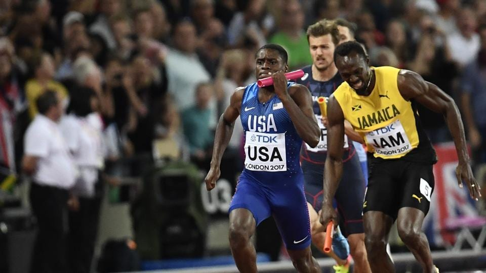Bolt started slowing down as it became evident that the last race of his career would end without a medal. (REUTERS)