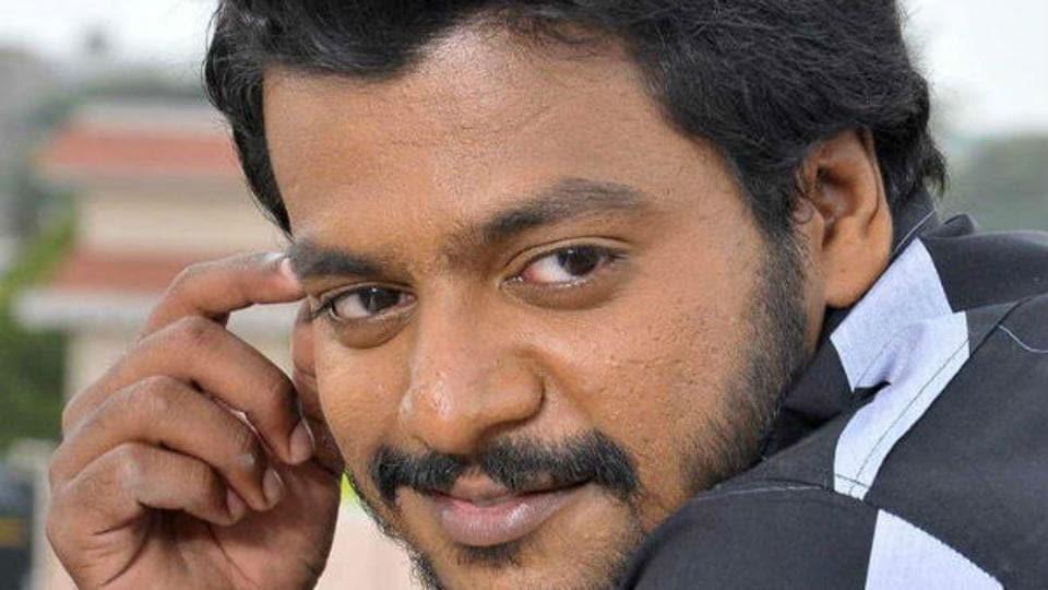 Guru Jagges,Guru Jaggesh stabbed,Kannada actor stabbed