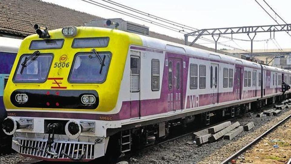 Mumbai,train commute,Mumbai commute