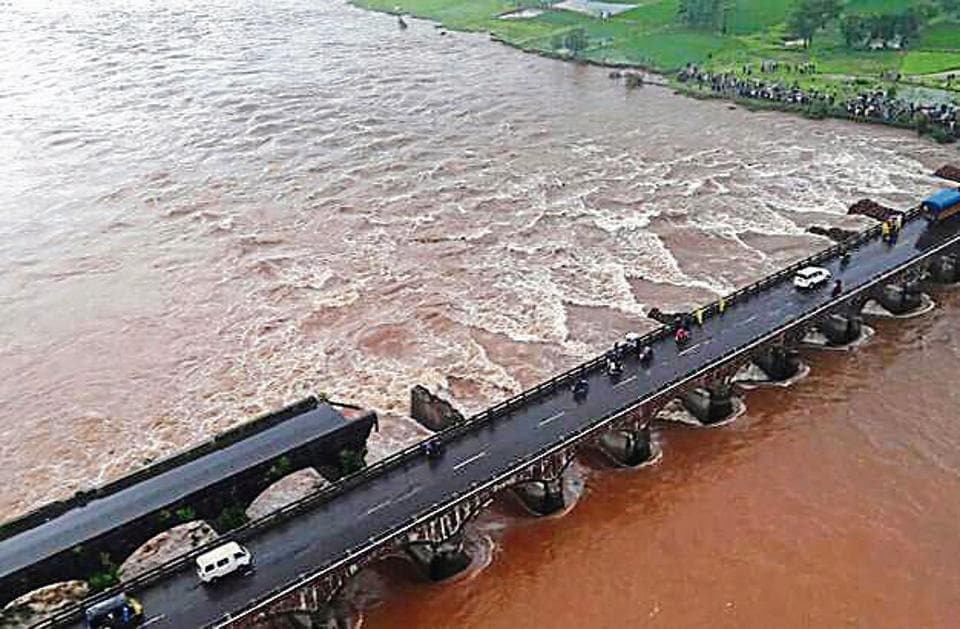 Last year, on the Mumbai-Goa highway,  a bridge over the Savitri River at Mahad collapsed, claiming at least 29 lives.