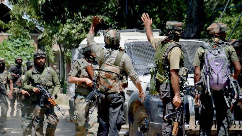 Kashmir unrest,Kashmir violence,Security officers