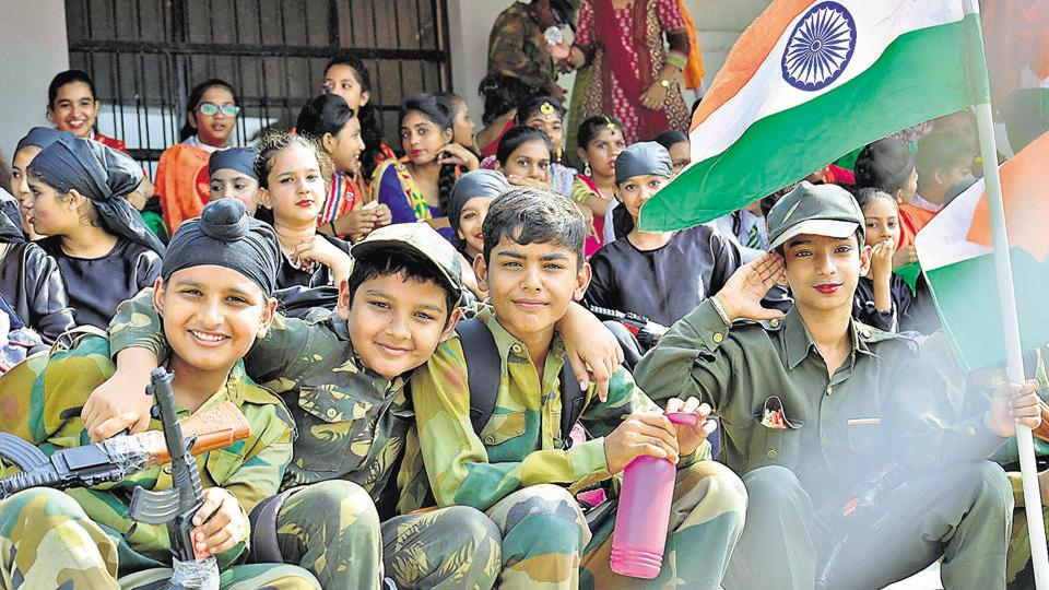 Schoolchildren rehearse on the eve of Independence Day in Ludhiana.  The Brihanmumbai Municipal Corporation made the singing of Vande Mataram compulsory in civic schools.