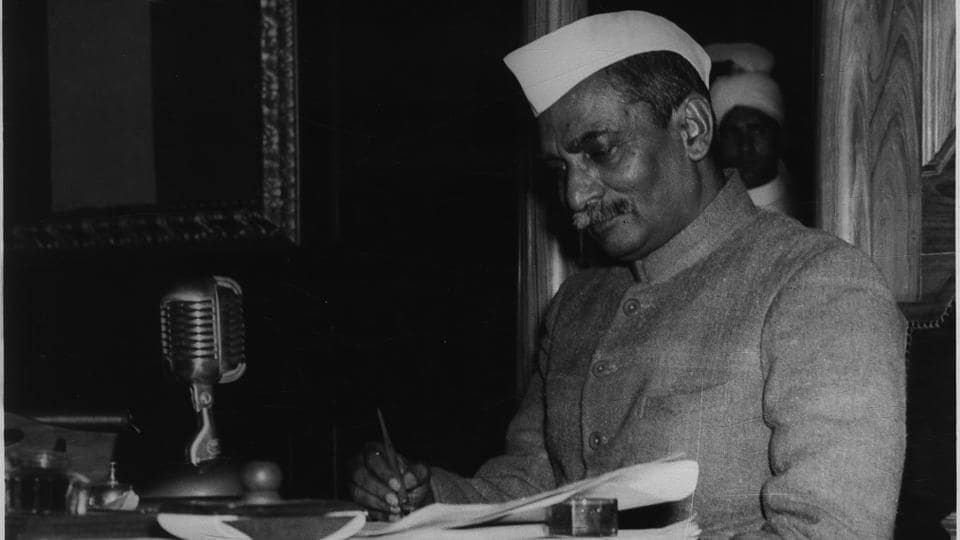 Rajendra Prasad, President of the Constituent Assembly signs the Constitution of the Indian Republic as passed by the Constituent Assembly. The constitution of India came into effect on January 26, 1950, a day since observed as Republic Day. (HT Archive)