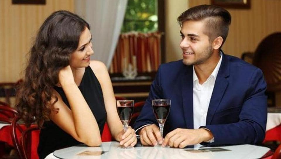 online dating first few dates Why is online dating so of the men i've worked with in the past few years, as well as friends and even dates who have asked me a i first look at.