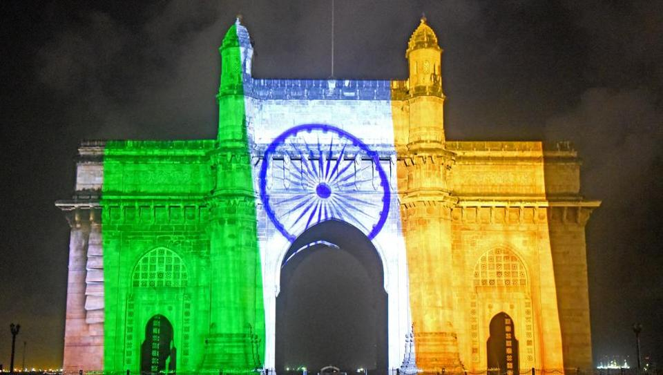 A grand laser show was held at Gateway of  India as part of the Independence Day celebrations in Mumbai. (Pratik Chorge/HT Photo)