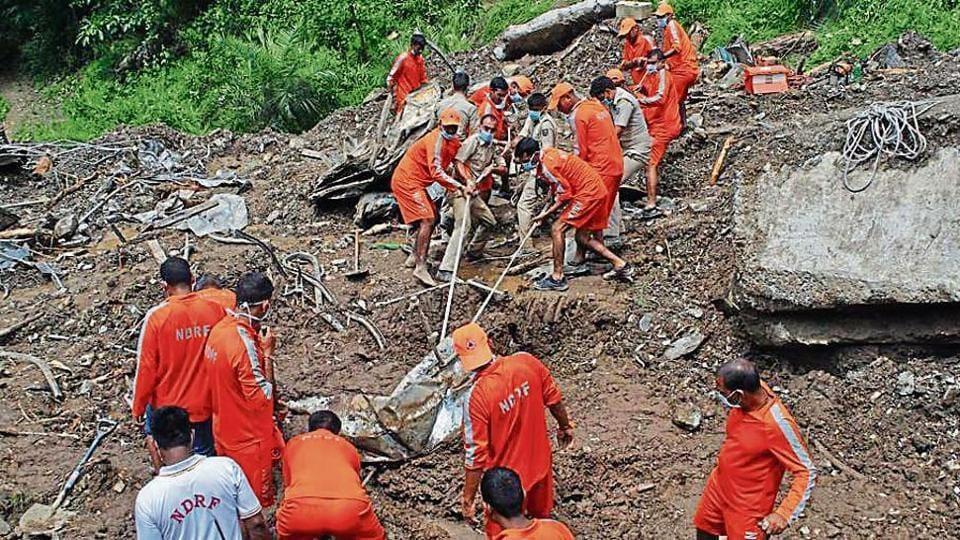 Rescue,Mandi landslide,landslide site