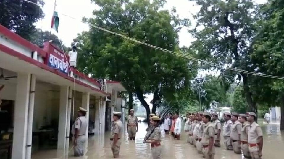 UP Police,Independance day,Tri-color