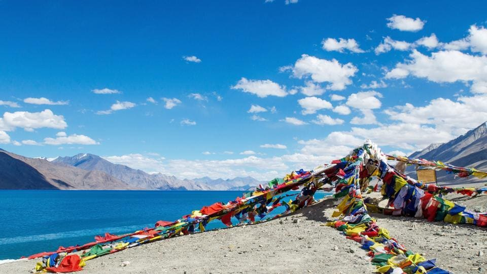 china india standoff doklam,ladakh,pangong lake